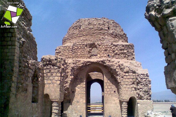 قلعه انگشت گبری سروستان